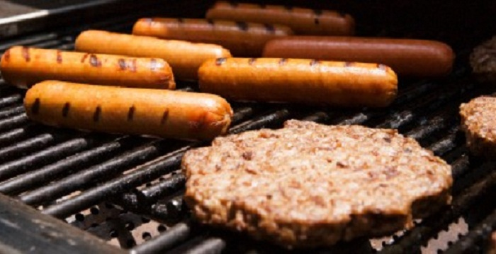 Human DNA found in hot dogs, study says